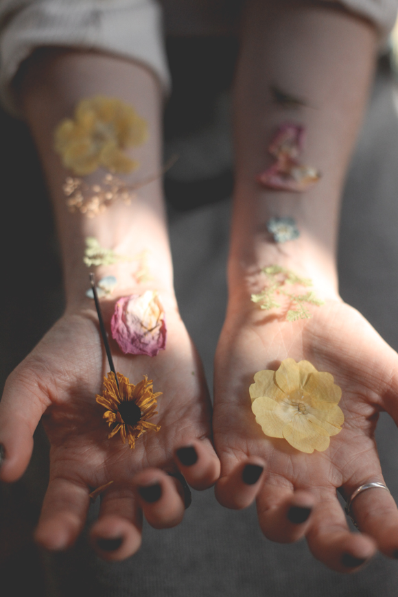 Pressed-flower-hands
